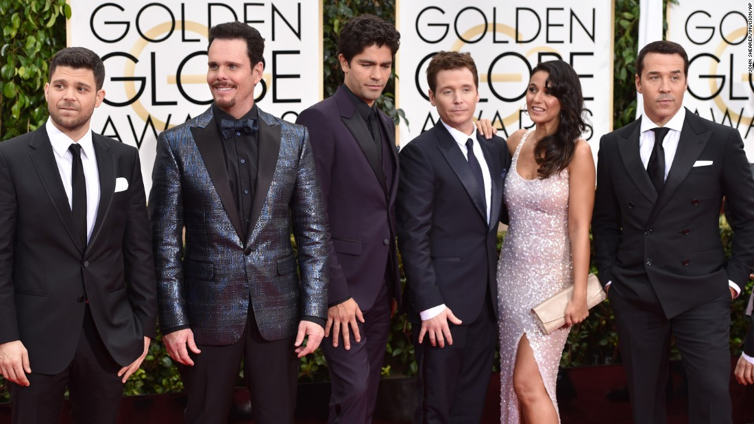 From left, Jerry Ferrara, Kevin Dillon, Adrian Grenier, Kevin Connolly, Emmanuelle Chriqui and Jeremy Piven