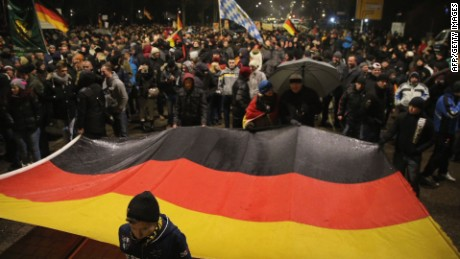 Thousands attend anti-Islam rally in Dresden, Germany