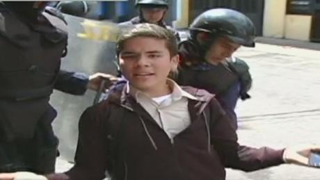 cnnee act navarro venezuela tachira clashes_00004428.jpg