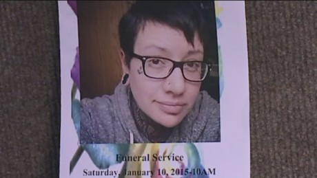 dnt co gay woman funeral service_00002225