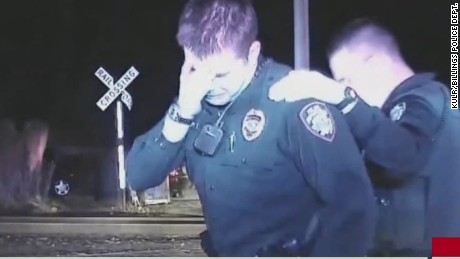 newday police officer breaks down shooting killing unarmed man_00013109