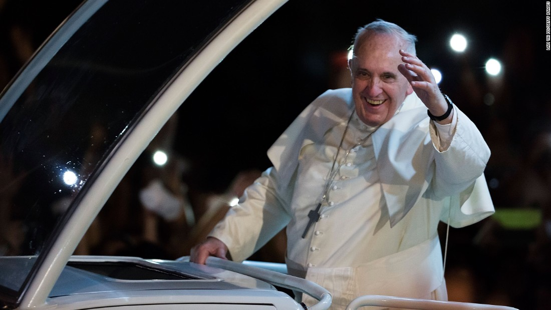 Pope Francis greets the faithful upon arriving in Manila on Thursday, January 15.