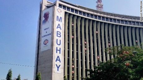 A giant sign welcoming the Pope on Manila's Meralco building.
