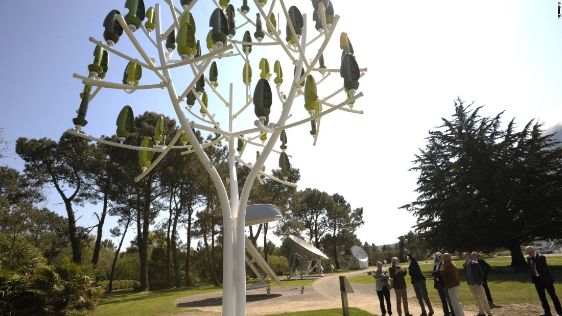 "A ""Wind Tree"" will go on display at Place de la Concorde, Paris, between March 12 and May 12 2015."