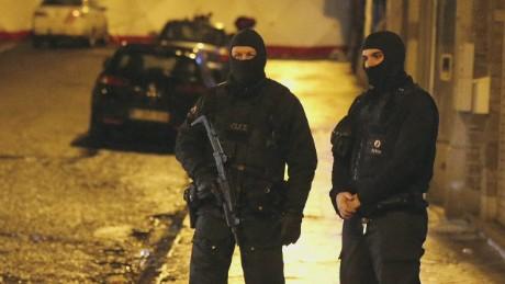 cnnee valdes anti terrorist raids_00010102