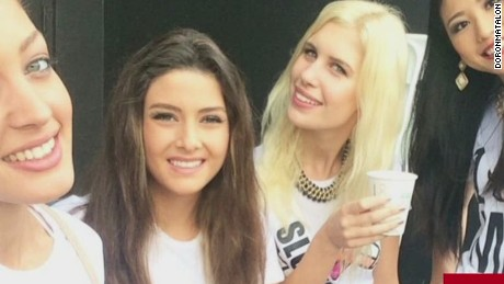 nr bts anderson miss lebanon miss israel selfie controversy _00001101