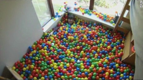pkg student turns dorm room into ball pit_00001116.jpg