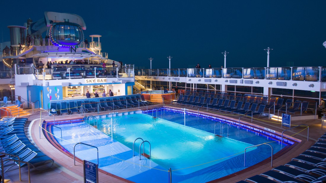 The outside pool is a feature both in the daytime and also at night, when it is lit up.