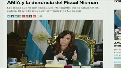 En Español: CFK cambia de versión