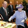 pope queen gift