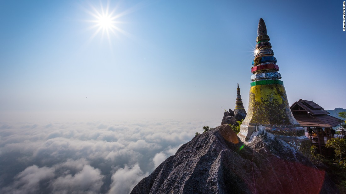 Located in Lampang's Chae Hom district, this chedi is part of the Chalermprakiat Temple on Pu Yak mountain. Incredible as it looks, it's off the radar for most tourists.