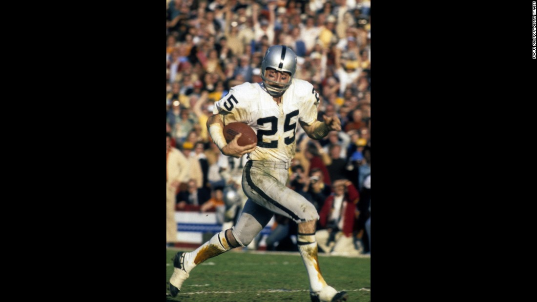 Oakland Raiders wide receiver Fred Biletnikoff caught four passes for 79 yards to win MVP honors in Super Bowl XI. The Raiders won 32-14 over Minnesota, knocking the Vikings to 0-4 in Super Bowls.