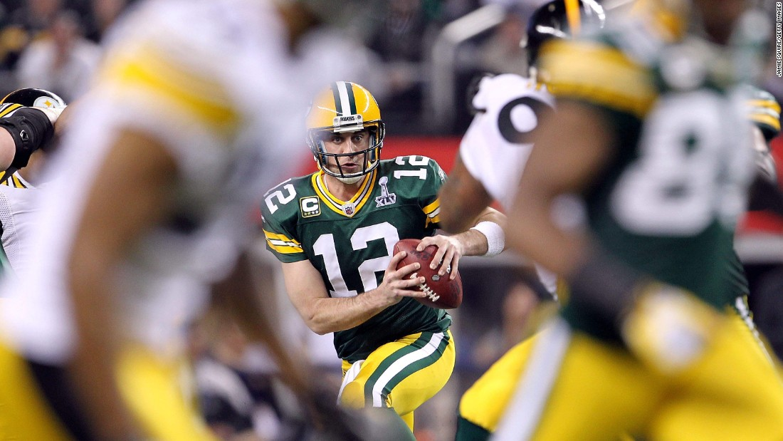 Quarterback Aaron Rodgers had 304 passing yards and three touchdowns as the Green Bay Packers defeated Pittsburgh 31-25.