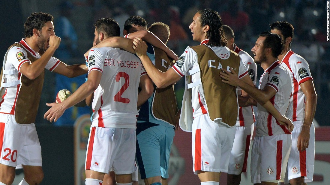 Tunisia edge closer to a place in the Africa Cup of Nations quarter finals as they come back to defeat Zambia 2-1 in Group B.