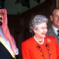 09 saudi king - queen elizabeth