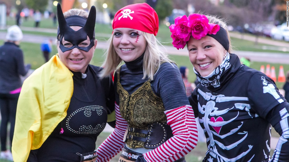 As the name suggests, runners are expected to dress up like monsters. Prizes are awarded for the best costumes. Participants can opt for the five-kilometer, 16-kilometer or half-marathon route.