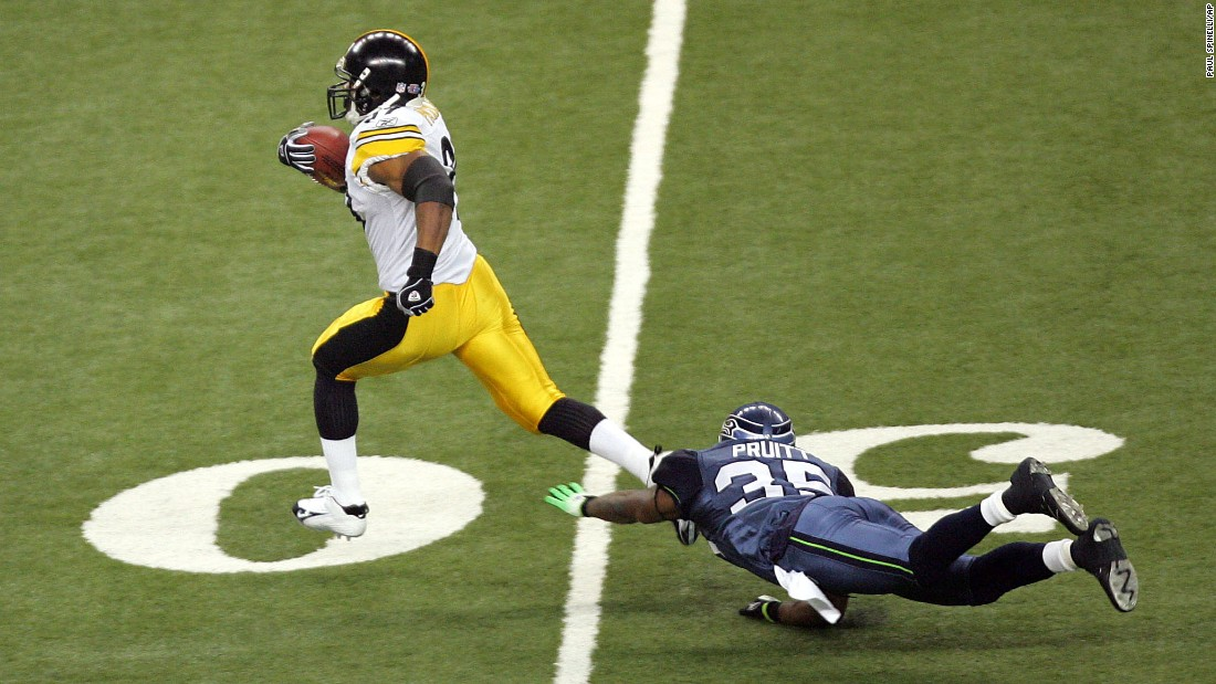 """Fast"" Willie Parker broke a 75-yard run for a touchdown during Super Bowl XL in 2006."