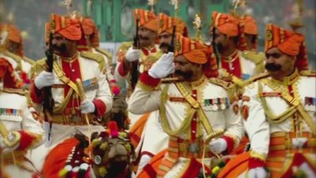 orig india obama republic parade military_00002627