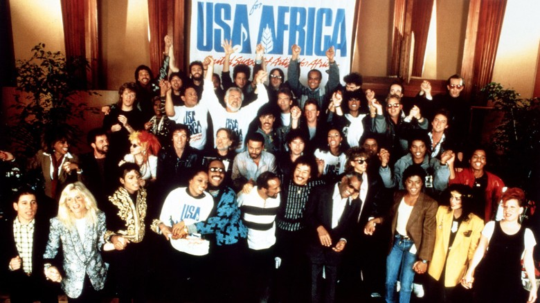 """A crowd of famous musicians and performers gathered to sing """"We Are the World"""