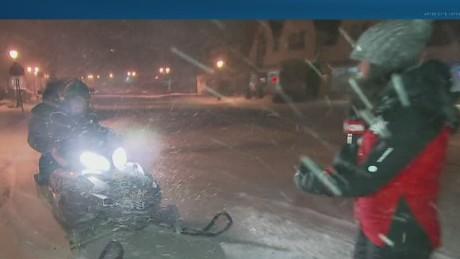 ac surprises for storm reporters_00002611