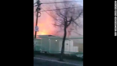 cnnee mexico video of moment of explosion_00000402