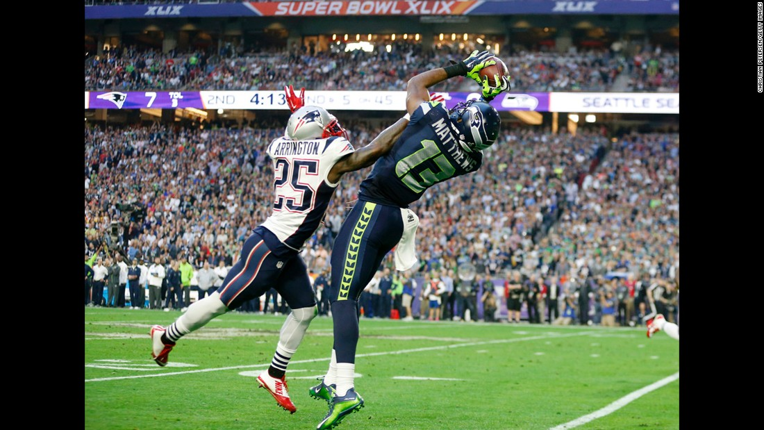Matthews makes a key catch during the drive that led to Lynch's touchdown.