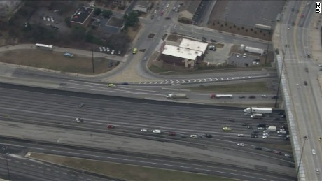 nr sot atlanta highway traffic stopped over suspicious package_00011415