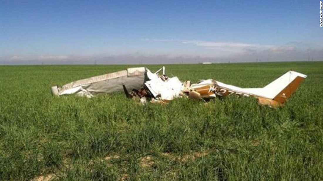 NTSB: Selfies likely caused Colorado plane crash