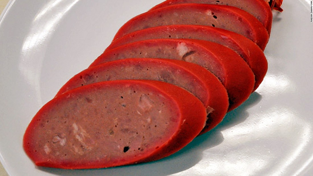 Smoked Harbin red sausage evolved from Lithuanian sausages. Its texture is more tender than salami, firmer than an American hotdog and drier than cooked British sausages.