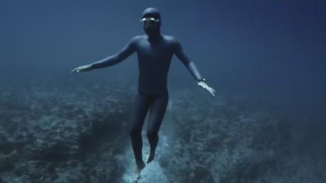 pkg free diving gravity_00004809.jpg