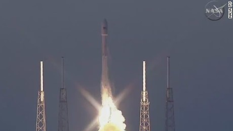 sot spacex rocket launch_00001730.jpg