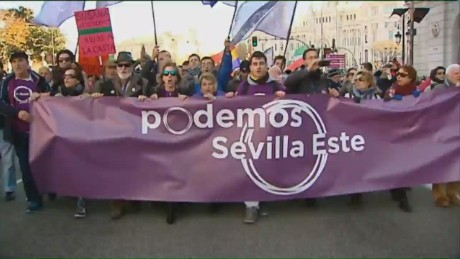 cnnee goodman spain economy pushing politics_00015813.jpg