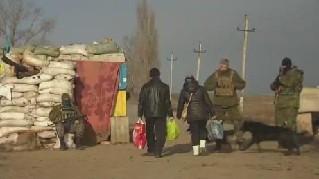 cnni pleitgen pkg mariupol ceasefire_00012106