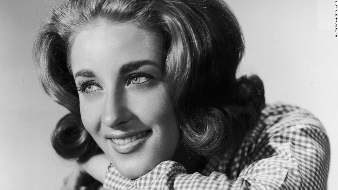 "<a href=""http://www.cnn.com/2015/02/16/entertainment/feat-lesley-gore-obit/index.html"" target=""_blank"">Lesley Gore</a>, whose No. 1 hit ""It's My Party"" kicked off a successful singing career while she was still in high school, died February 16 at the age of 68. <a href=""http://www.people.com/article/lesley-gore-singer-its-my-party-dies"" target=""_blank"">According to People magazine</a>, the cause of death was cancer."
