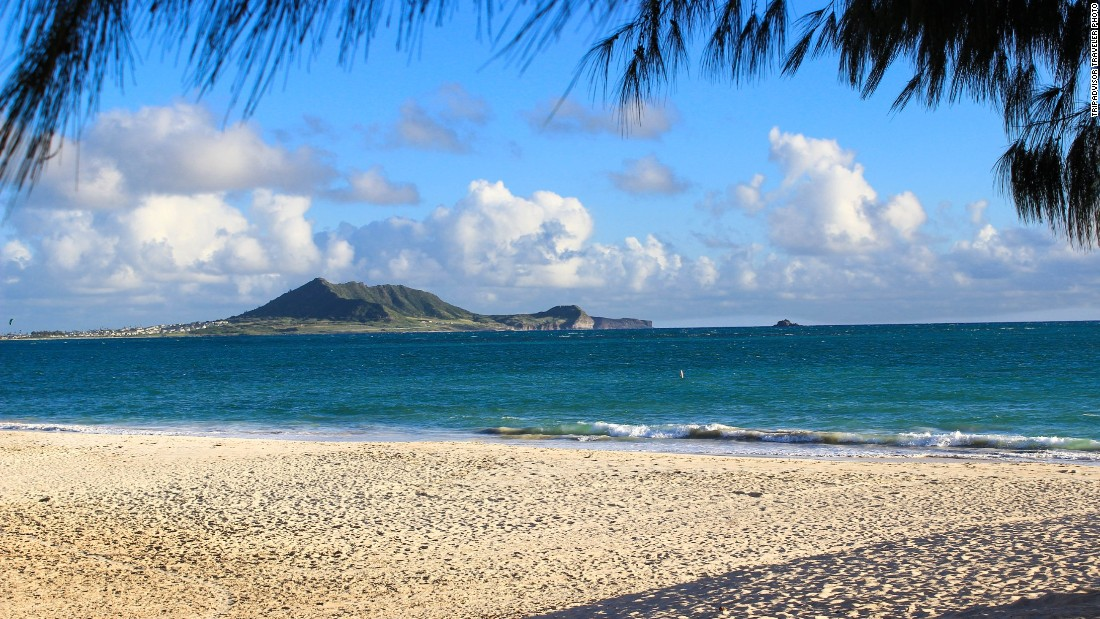 Kailua Beach Park in Oahu, Hawaii, offers stunning views and gentle waters.