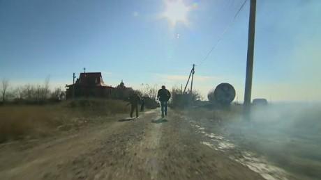 pkg pleitgen ukraine ceasefire_00020201