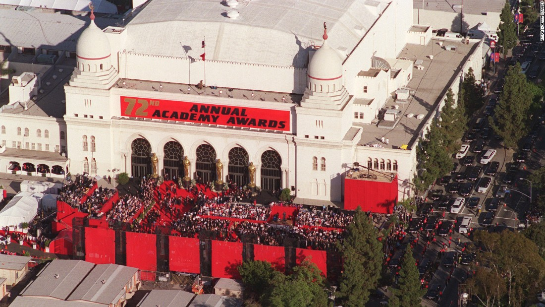 A view of the Shrine Auditorium in Los Angeles as thousands of fans turn gather shortly before the Academy Awards in March 2000.