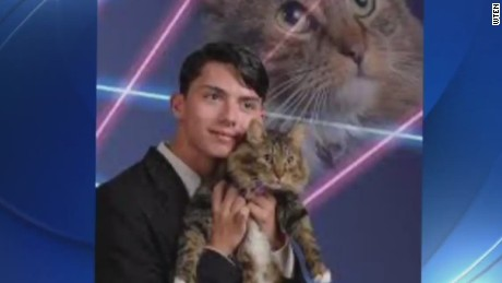 dnt viral teen laser cat photo suicide_00001311