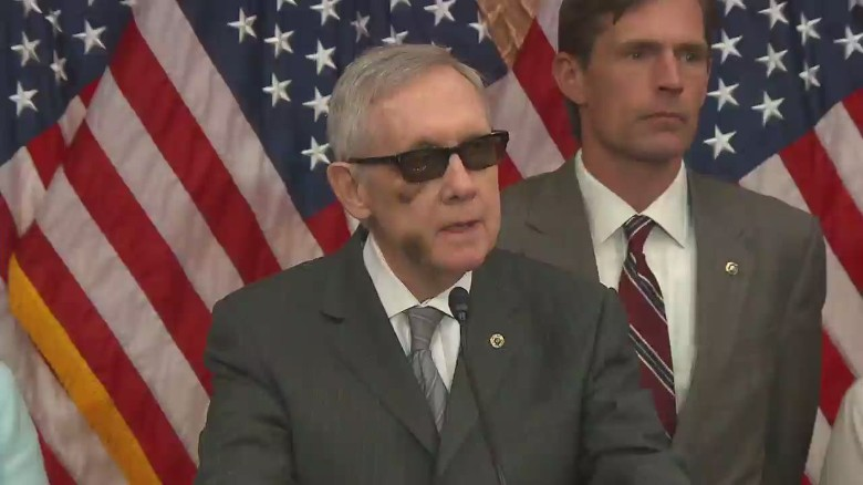 Sen. Reid wears shades, throws shade