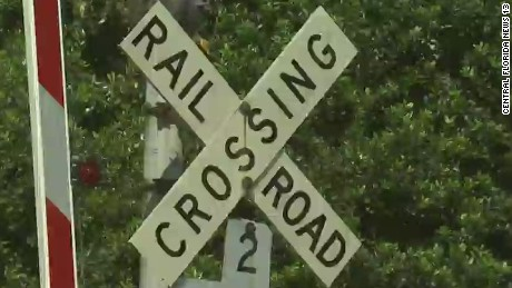 tsr dnt todd railroad highway crossing dangers_00011102.jpg