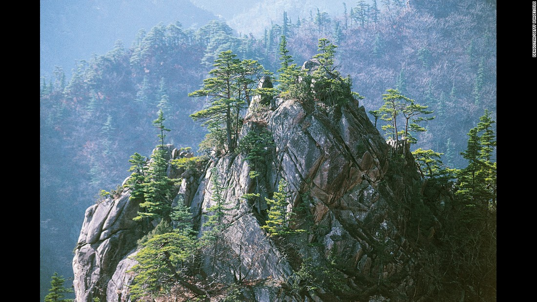 "South Koreans love the mountains of <a href=""http://english.knps.or.kr/Knp/Seoraksan/Intro/Introduction.aspx"" target=""_blank"">Seoraksan National Park,</a> one of the most intact natural areas in the country."