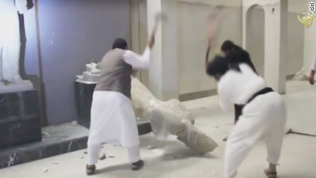 isis destroys iraq mosul artifacts_00000912.jpg