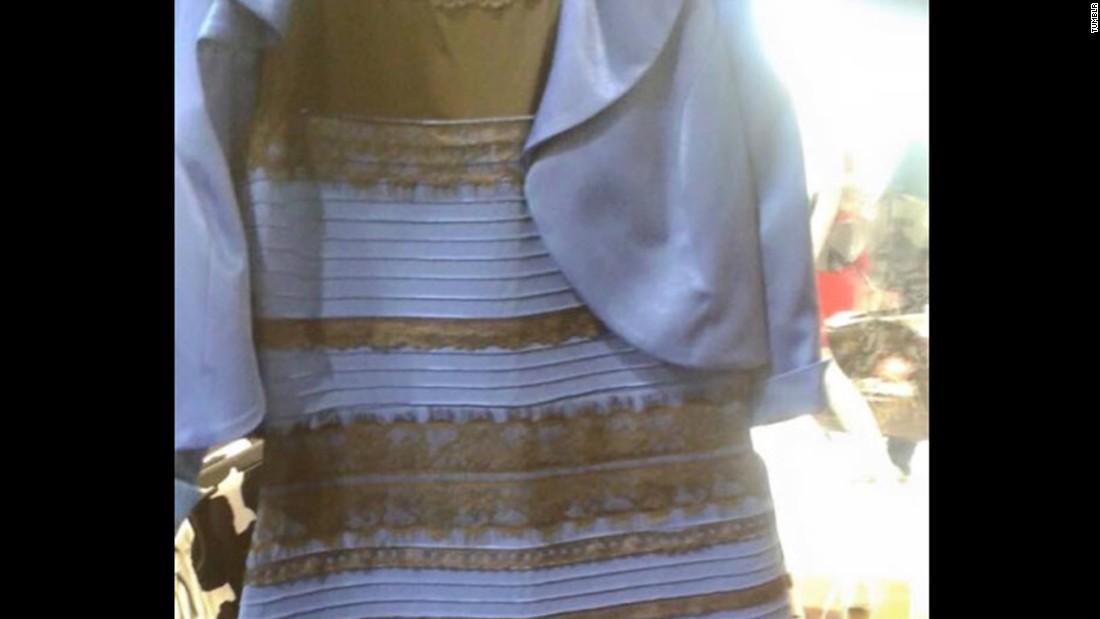Какого цвета платье в оригинале