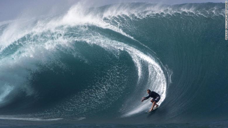 Rupert Hill: Artist of the waves