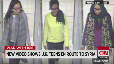 nr Surveillance Video shows U.K. Teens En Route to Syria_00002320