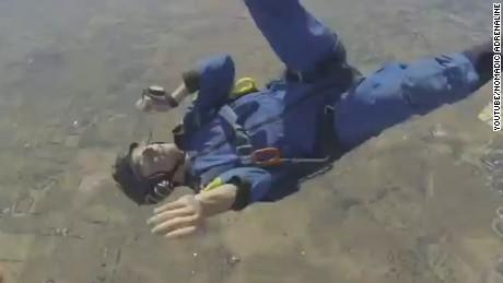 newday skydiver midair seizure_00000709