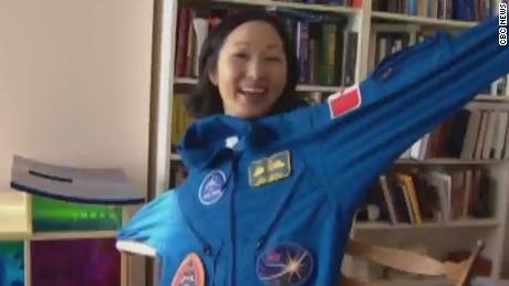 mxp space suit thrift store_00003704