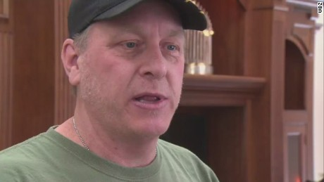 Curt Schilling tracks down daughter's cyberbullies