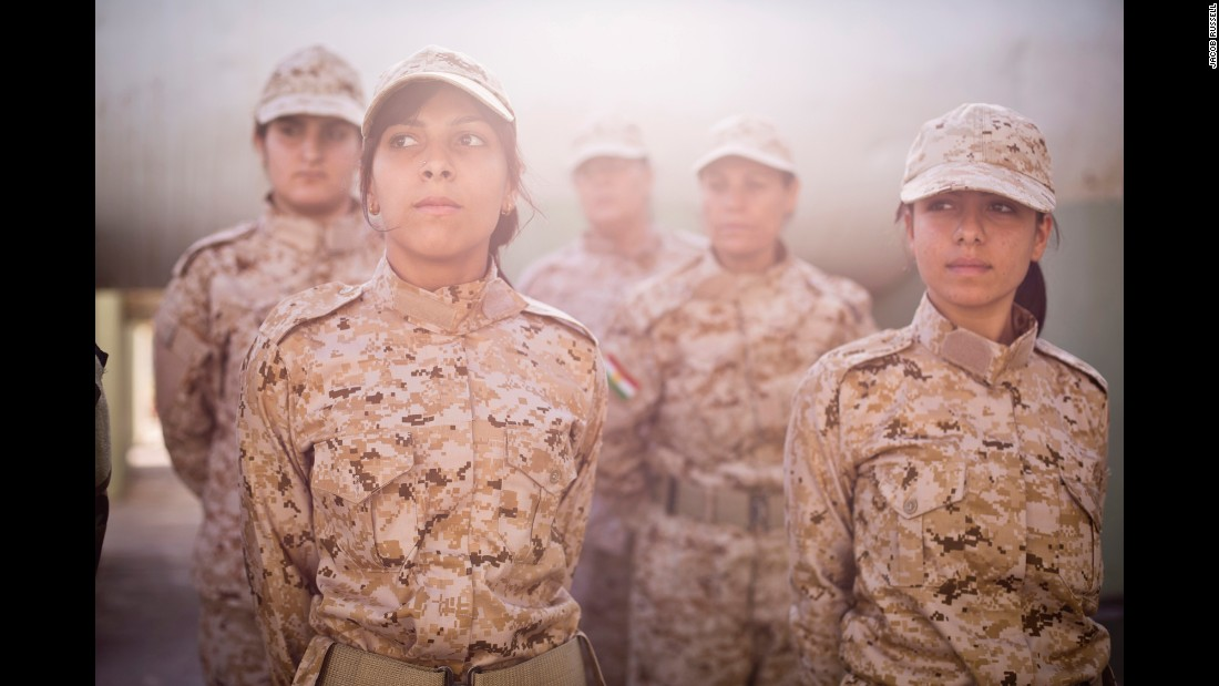 Women in the Peshmerga, the national military force for the Kurdistan Regional Government in northern Iraq, undergo drill instruction on their base in Sulaymaniyah.<br />