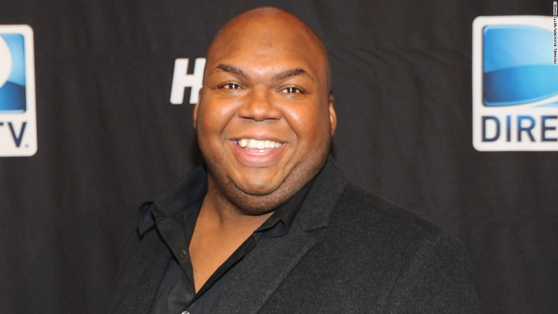 "<a href=""http://www.cnn.com/2015/03/10/entertainment/feat-windell-middlebrooks-miller-high-life-dies/index.html"" target=""_blank"">Windell D. Middlebrooks</a>, the actor best known as the straight-talking Miller High Life delivery man, died March 9, his agent told CNN. His family also posted a statement on his Facebook page confirming the 36-year-old's death. No cause of death was provided. Middlebrooks also had recurring roles on ""Body of Proof,"" ""Scrubs"" and ""It's Always Sunny in Philadelphia."""
